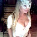 Live fun with _ChristineV_