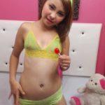 Hot cam girl CarolinBlake
